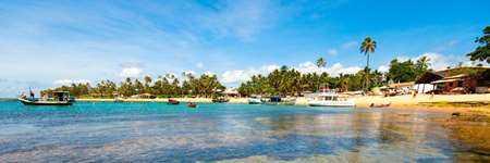 [Confira as fotos de Praia do Forte e a localiza��o dos hot�is e pousadas no mapa de Praia do Forte]