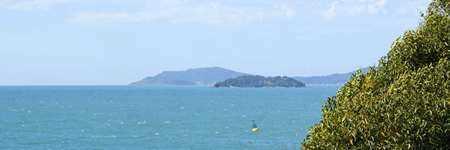 [Confira as fotos de Praia do Rosa e a localiza��o dos hot�is e pousadas no mapa de Praia do Rosa]